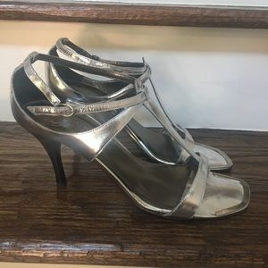 Donald J. Pliner Silver Heel